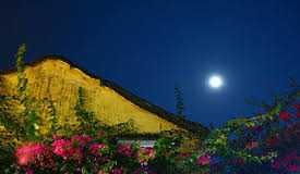 Tổng hợp văn tả trăng đẹp, đêm trăng rằm Trung Thu