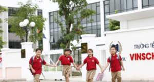 Đề thi kiểm tra kì 1 lớp 6 trường THCS VINSCHOOL năm 2018-2019: