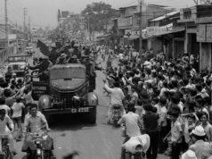 Đề kiểm tra học kì 2 Lịch sử 9: Cuộc Tổng tấn công và nổi dậy Xuân 1975 đã phát triển qua ba chiến dịch lớn như thế nào?