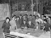 Bài 30. Hoàn thành giải phóng miền Nam, thống nhất đất nước (1973 – 1975) SBT Sử lớp 9: Nêu ý nghĩa lịch sử và nguyên nhân thắng lợi của cuộc kháng chiến chống Mĩ, cứu nước ( 1954-1975)