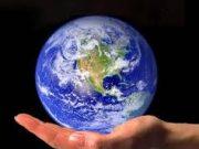 Đề thi học kì 1 Địa lớp 10: Tính chất nào sau đây không phải của các hành tinh?