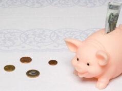Bài 3. Tiết kiệm – SBT GDCD lớp 6: Em hiểu thế nào là tiết kiệm ? Nêu ví dụ.